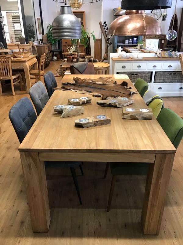 Strakke Eettafel Met Stoelen.Bekijk De Showroom Van Het Teakmagazijn Of Kom Langs In Waddinxveen